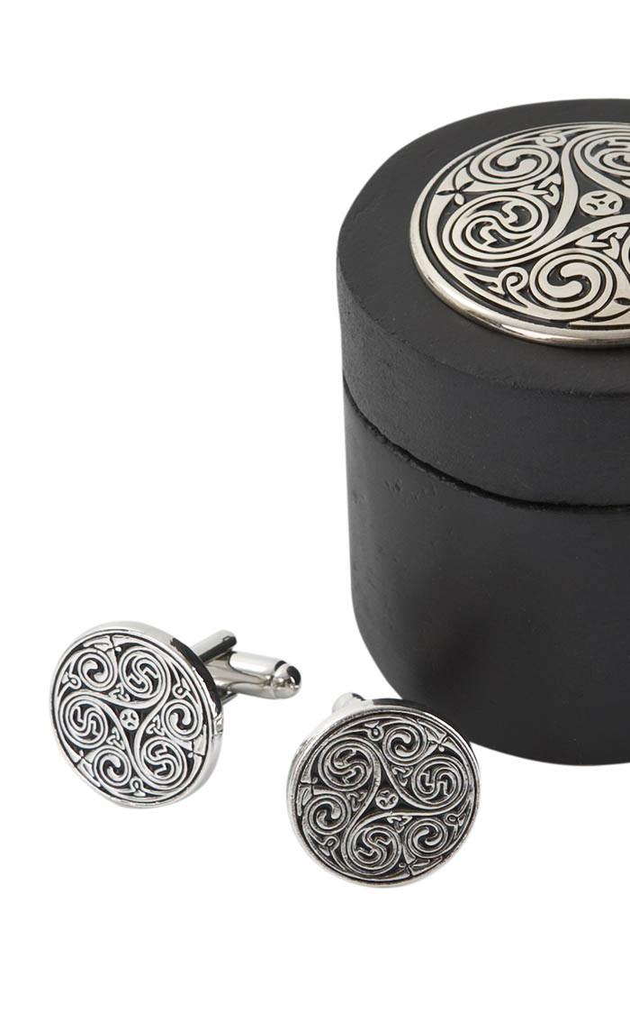 triple-swirl-cufflinks-in-wooden-round-box