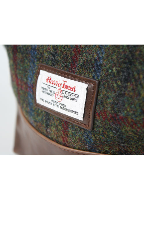 magmo-sr_magmo_harris_tweed_washbag_red_and_green_4