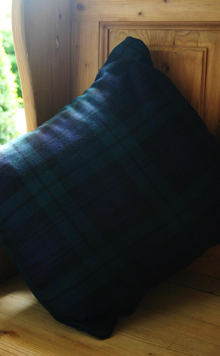 pmgev-sr_pmgev_square_cushion_covers_2_2