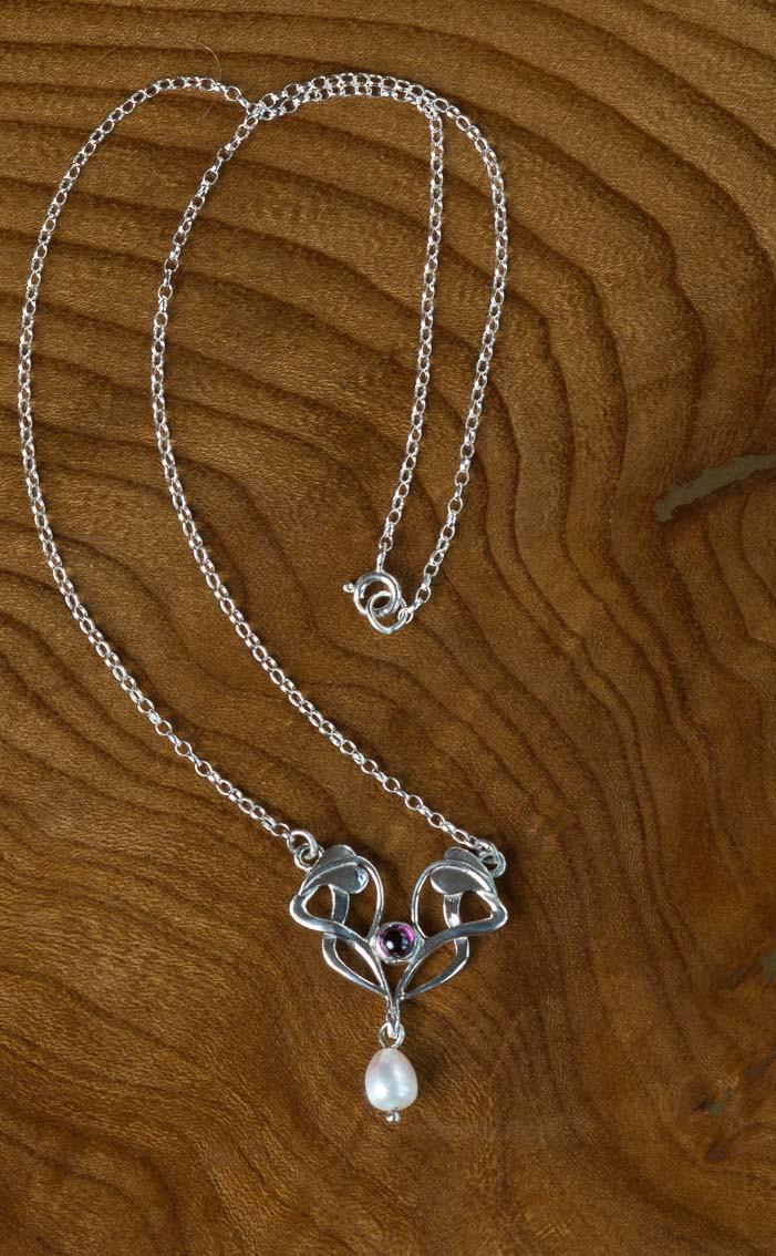 scotweb-pd250-silver-garnet-detail