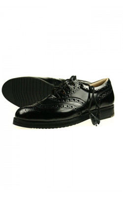 Sprung‑Sole Pipers' Ghillie Brogues