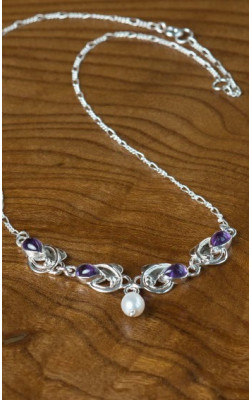 Teardrop Amethyst and Pearl Necklace