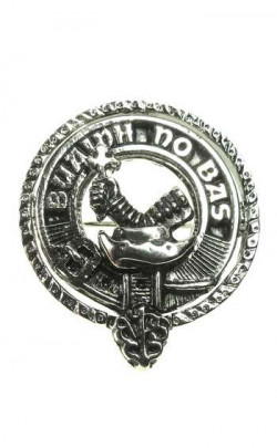 Small Clan Crest Badge