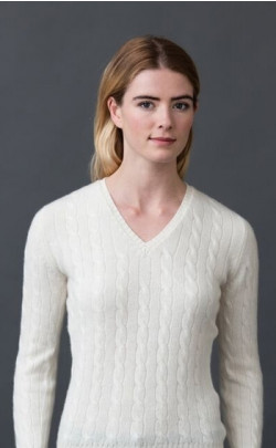 Luxury Scottish Cashmere Sweater, Cable‑Knit V‑Neck