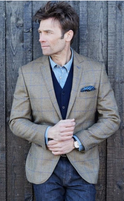Tailored Fit Tweed Jacket