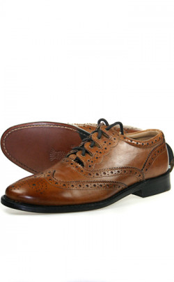 Brown Ghillie Brogues