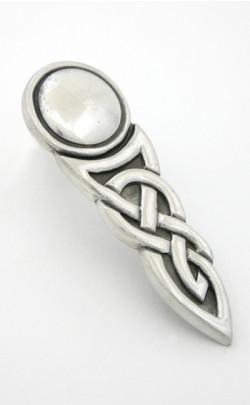 Viking Knot Kilt Pin
